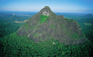 Sunshine Coast Hinterland Attractions glasshouse mountains
