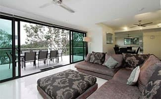 Barrier Reef House - Living Area