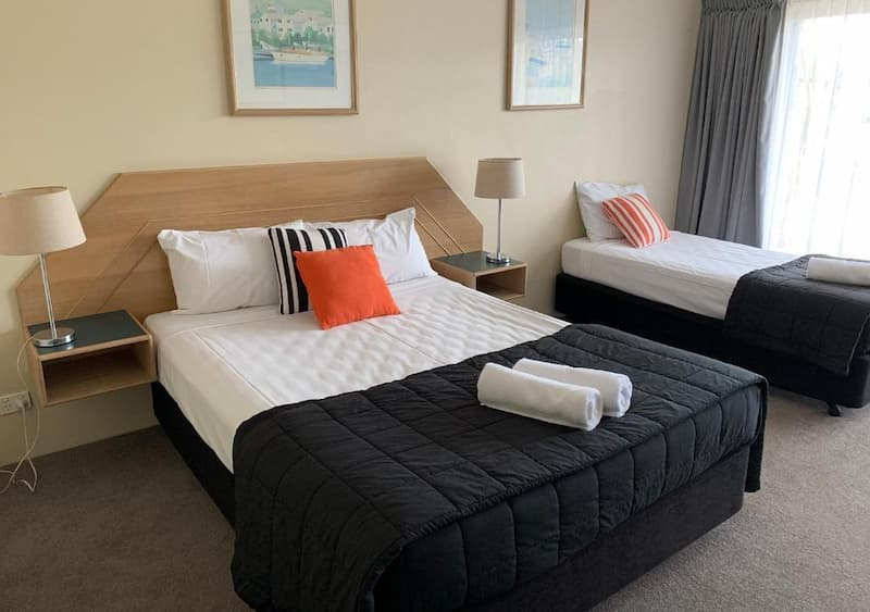 Superior Room Bed