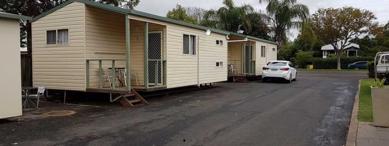 self contained cabins